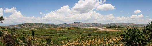 Панорама вокруг озера Lak, мам Thuot Buon, провинции Dak Lak, Вьетнама стоковое фото rf