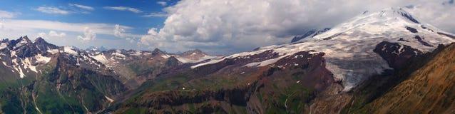 панорама высокой горы Стоковые Изображения RF