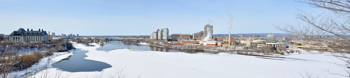 Панорама горизонта Gatineau в зиме, Оттаве, Канаде Стоковая Фотография RF
