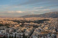 Панорама города Афин с новым музеем акрополя от акрополя стоковые изображения