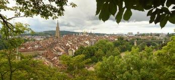 Панорама городка Bern старого столица Швейцарии, Стоковые Фотографии RF