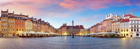 Панорама городской площади odl Варшавы, Rynek Starego Miasta, Польши стоковые изображения rf