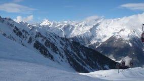Панорама горы зимы стоковая фотография rf