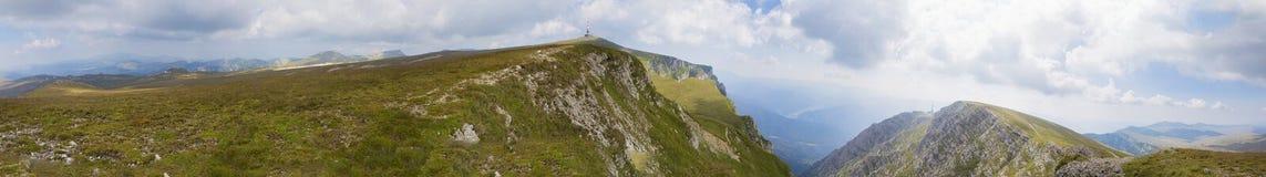 Панорама горы от Bucegi Стоковые Изображения
