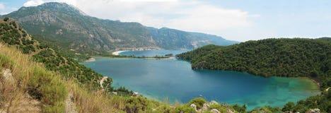 Панорама голубого индюка oludeniz лагуны и пляжа Стоковое Изображение