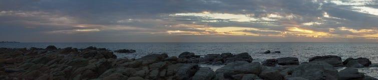 Панорама захода солнца пляжа бухты Hallett Стоковые Фото