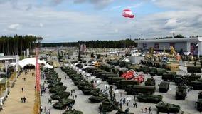 Панорама земель воинского оборудования в патриоте парка видеоматериал