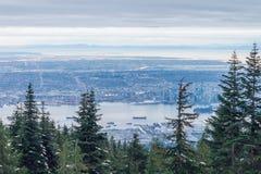 Панорама зимы Ванкувера от горы тетеревиных, британцев Colum Стоковые Изображения