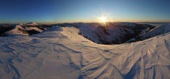 Панорама зимы низких tatras в Словакии стоковое фото