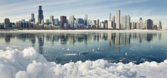 Панорама зимы Чикаго. стоковые фото