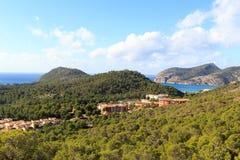 Панорама и Средиземное море горы Майорки около Peguera Стоковое Изображение RF