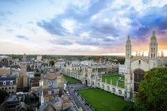 Панорама Кембриджа и королей Коллажа с красивым небом захода солнца, Великобританией Стоковые Изображения RF