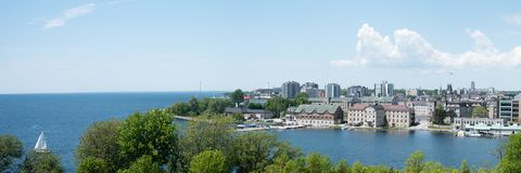 Панорама Кингстона, Онтарио от форта Генри стоковые фотографии rf