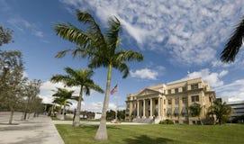 панорама ладони здания суда пляжа историческая стоковое изображение