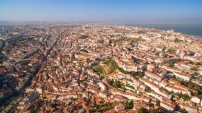 Панорама Лиссабона от высоты на выравнивать Португалию Стоковая Фотография RF