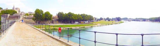 Панорама моста Benezet Святого, Авиньон стоковое изображение rf