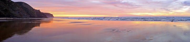 Панорама на Атлантическом океане в Portug Стоковые Изображения