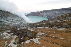 Панорама на Kawah Ijen вулканический кратер Стоковые Изображения RF