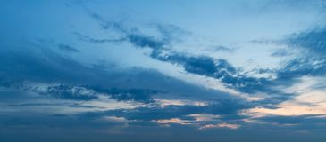 Панорама неба захода солнца Стоковая Фотография RF