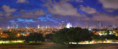 Панорама ночи Тель-Авив, Израиль Стоковые Изображения
