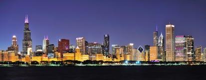 Панорама ночи Чiкаго Стоковая Фотография