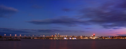 панорама ночи dnepropetrovsk Стоковая Фотография