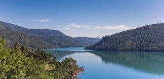 Панорама озера в национальном парке Cazorla Стоковая Фотография RF