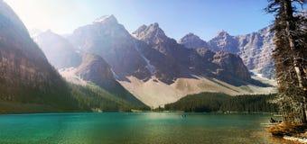 Панорама озера морен Стоковое Изображение