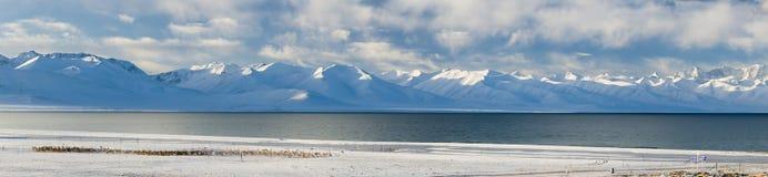 Панорама озера Namtso в Тибете Стоковые Изображения