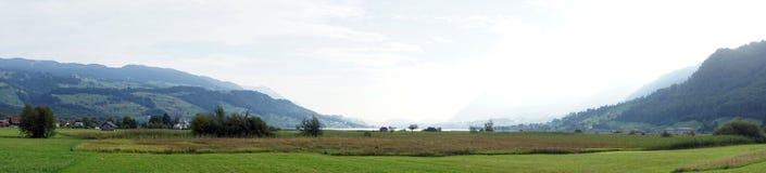 Панорама озера Sarnersee Стоковое Изображение