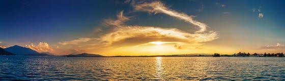 Панорама озера Zug Швейцарии Стоковая Фотография RF