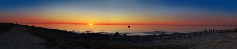 Панорама океана захода солнца стоковая фотография rf