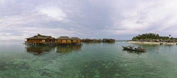 Панорама острова Mabul (XXXL) стоковые изображения rf