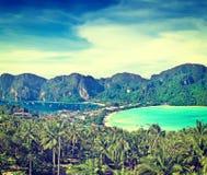 Панорама острова Phi-Phi, провинции Krabi, Таиланда Стоковая Фотография