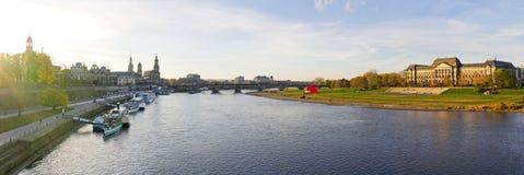 Панорама от Дрездена во время захода солнца, Германии Стоковые Фото