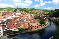 Панорама от замка Český Krumlov взгляд городка республики cesky чехословакского krumlov средневековый старый Стоковые Фотографии RF