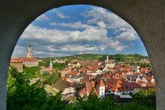 Панорама от замка Český Krumlov взгляд городка республики cesky чехословакского krumlov средневековый старый Стоковые Изображения RF