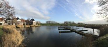 Панорама от старых домов frisian в Landal Esonstad Стоковые Фотографии RF