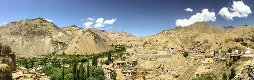 Панорама долины Гималаев стоковое фото rf