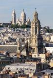 Панорама Парижа: Церков Sainte-Trinite и Sacre-Coeur Стоковые Фотографии RF