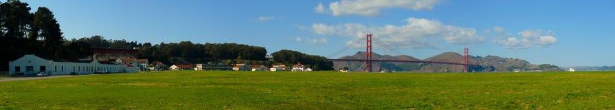 Панорама поля Crissy и золотого строба стоковые изображения rf