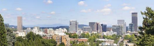 Панорама Портленда Орегона городская Стоковые Фото