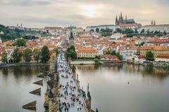 Панорама Праги и Карлова моста Стоковое Фото