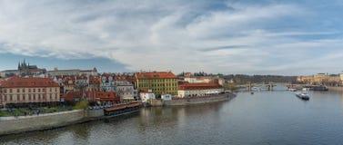 Панорама Праги от Карлова моста Стоковые Фото