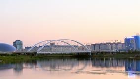 Панорама реки Ishim, заход солнца Астана, Kaza акции видеоматериалы