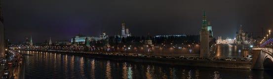 панорама Россия ночи kremlin moscow Стоковое Изображение RF