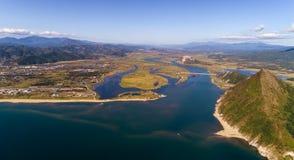 Панорама рта реки от взгляда s-глаза ` птицы Стоковое Изображение RF