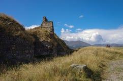 Панорама руин армянских средневековых Ber Лори крепости стоковые фотографии rf