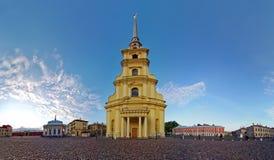 Панорама собора Питера и Пола в Питере и Поле Fortres Стоковая Фотография
