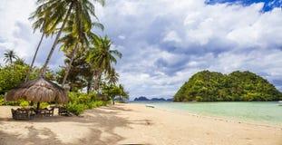 Панорама спокойного тропического пляжа Стоковая Фотография RF